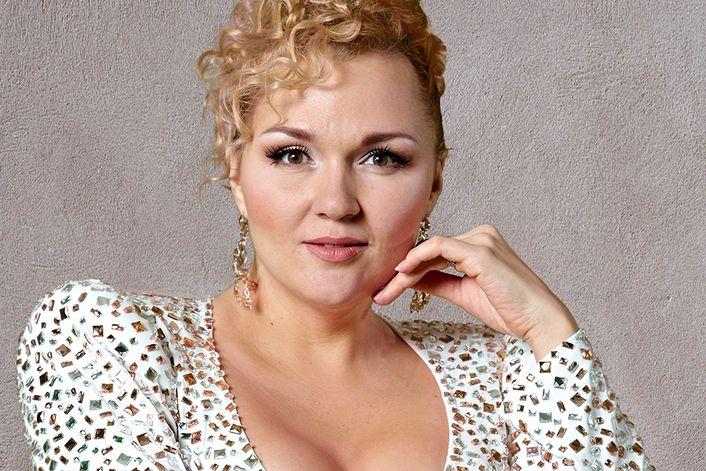 Ангарская Надежда - пригласить на праздник в букинг-агентстве BnMusic