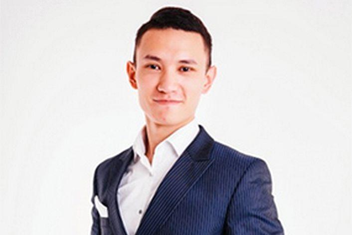 Данияр Джумадилов - заказать ведущим на корпоратив