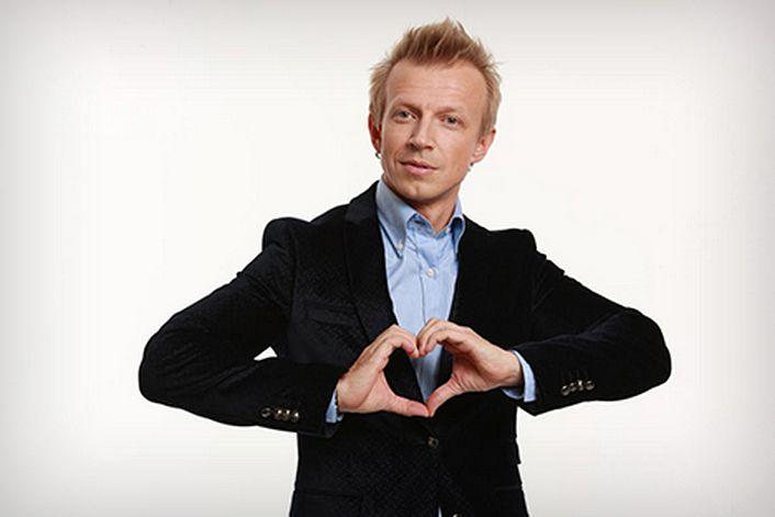 Антон Комолов - организуем выступление артиста на вашем празднике