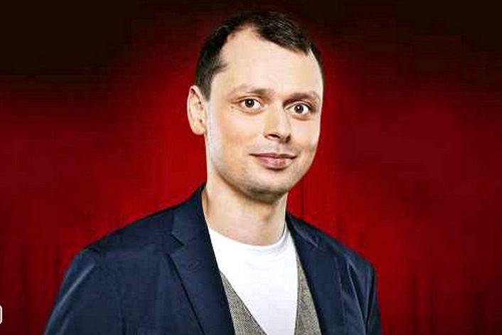 Виктор Комаров - страница на официальном сайте агента
