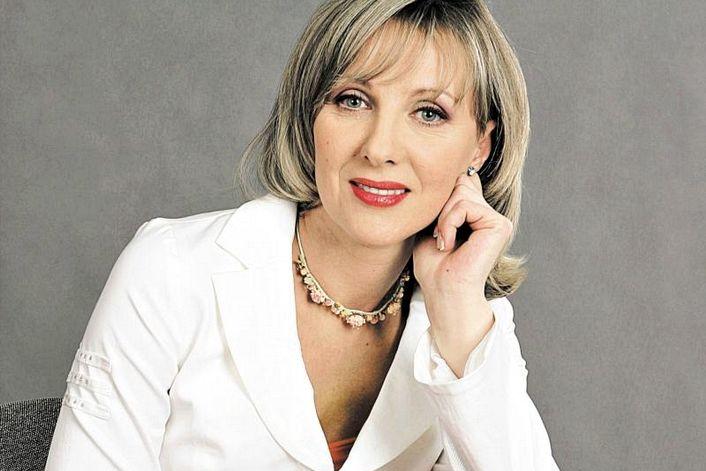 Елена Яковлева - страница на официальном сайте агента