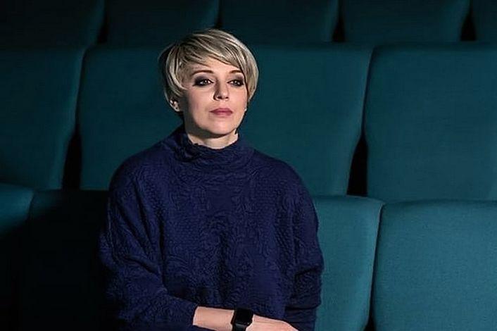 Нелли Уварова - заказать концерт в BnMusic