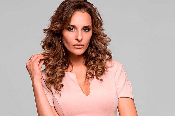 София Каштанова - страница на официальном сайте агента