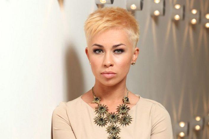 Юлия Плаксина - страница на официальном сайте агента