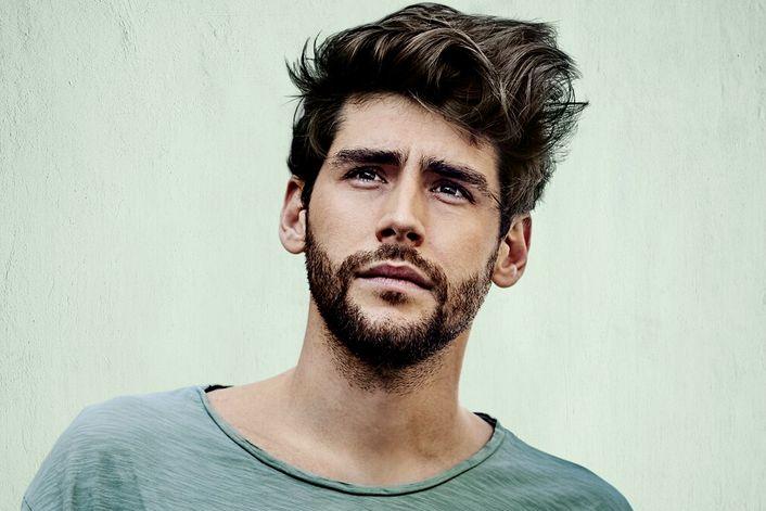 Alvaro Soler - пригласить на праздник в букинг-агентстве BnMusic