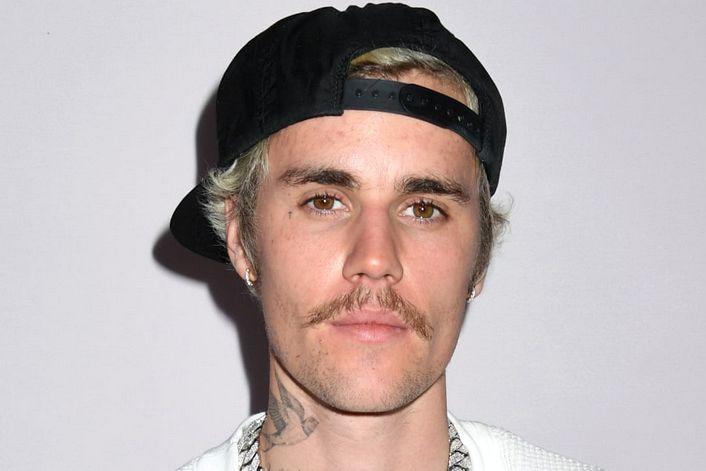 Justin Bieber - страница на официальном сайте агента