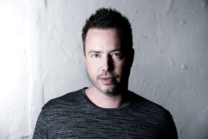 Sander van Doorn - страница на официальном сайте агента